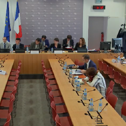 Commission parlementaire « extrême droite » : auditions publiques pour les accusateurs, huis clos pour les accusés !